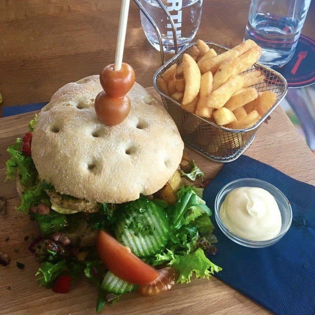 Broodje Burger bij BrasseRia in Dronten